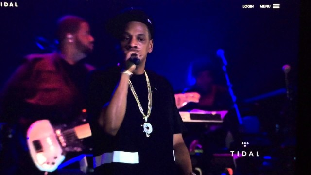 """JAY Z's """"B-Sides NYC Concert"""" Live Freestyle"""